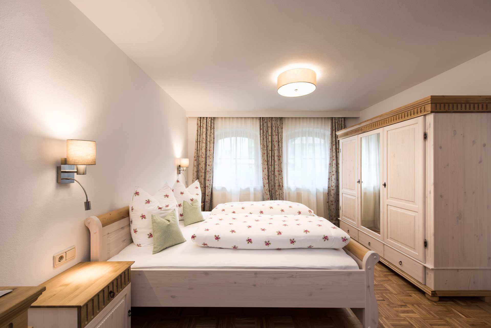 Ferienwohnung Siebenschläfer in Neustift im Stubaital - Fewo Schlafzimmer